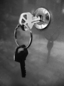 Nyckel i dörr