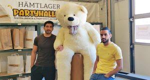 Partyhallens grundare Bilal och Ayman